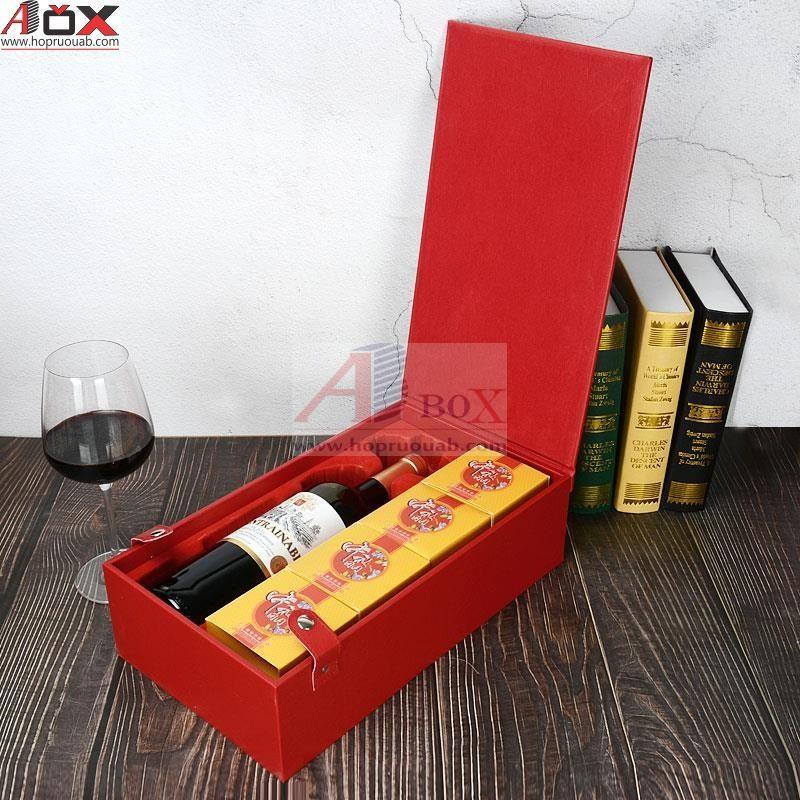 hộp bánh trung thu kèm rượu vang