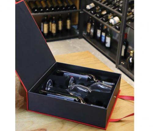 hộp đựng rượu vang mới kèm ly